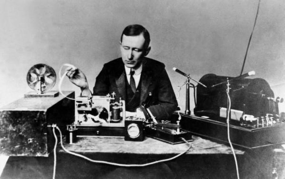 Quasi ein Wegbereiter des Online-Marketings: Der Erfinder des Radios, Guglielmo Marconi.